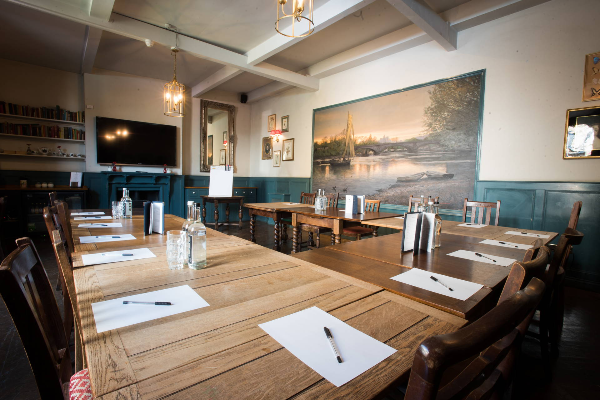 Meetings Space in Chiswick | The Pilot